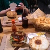 2/15/2015에 Dilara K.님이 Şef's Burger에서 찍은 사진