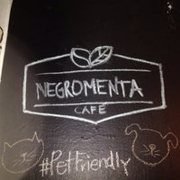 Das Foto wurde bei NegroMenta Café von Melissa V. am 10/15/2015 aufgenommen