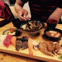 Foto diambil di 유쾌한스시 oleh Yeni pada 8/24/2015