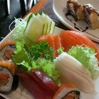 Photo prise au Yatta Sushi par Dani F. le6/14/2013