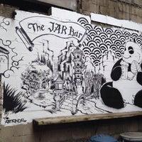 6/13/2017 tarihinde The Jar Barziyaretçi tarafından The Jar Bar'de çekilen fotoğraf