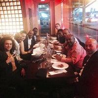 Foto scattata a BTH Restaurant and Lounge da TheMobileBroker il 3/14/2015