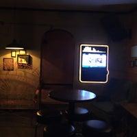 Снимок сделан в Boomtown Tavern пользователем Jude W. 9/7/2015
