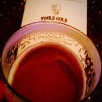 5/1/2016 tarihinde Patrick D.ziyaretçi tarafından Fools Gold NYC'de çekilen fotoğraf