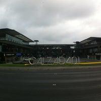 Das Foto wurde bei Calzada 401 von TeRexa G. am 6/23/2013 aufgenommen