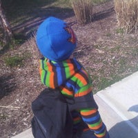 4/2/2012 tarihinde Damien C.ziyaretçi tarafından Catherine Kolnaski Magnet School'de çekilen fotoğraf