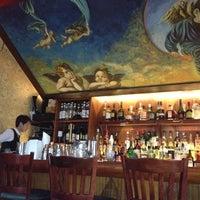 Foto tomada en Angel's Share por Melissa M. el 7/18/2012