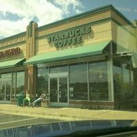 Foto scattata a Starbucks da Marilyn G. il 4/10/2012