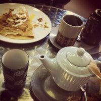 Das Foto wurde bei Coffy Café von Meg B. am 3/19/2012 aufgenommen
