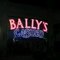 Das Foto wurde bei Bally's Casino & Hotel von Greg B. am 5/11/2012 aufgenommen
