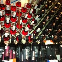8/29/2012 tarihinde Baha S.ziyaretçi tarafından Sensus Şarap & Peynir Butiği'de çekilen fotoğraf