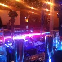 รูปภาพถ่ายที่ X Bar โดย Sean R. เมื่อ 3/20/2012