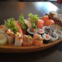 Photo prise au Kodai Sushi par Amanda M. le6/26/2012