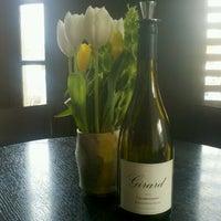 Foto tirada no(a) Girard Winery Tasting Room por Claire G. em 3/20/2012