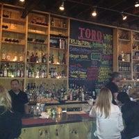Photo prise au Toro Restaurant par Blauer serious Pro! B. le4/11/2012