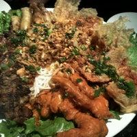 Снимок сделан в New Saigon пользователем August Richard T. 2/28/2012