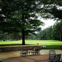Foto tirada no(a) Washington Duke Inn & Golf Club por Mark H. em 5/15/2012