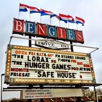 3/31/2012에 Kira T.님이 Bengies Drive-in Theatre에서 찍은 사진