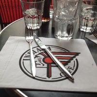 Photo prise au Indiana Café – Bonne Nouvelle par Elyse B. le6/10/2012