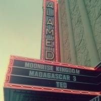 Foto tomada en Alameda Theatre & Cineplex por Emily T. el 7/6/2012