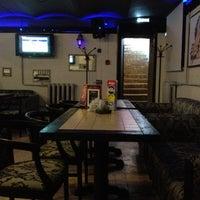 6/19/2012에 penguinCody님이 DJ Cafe Mojo / Кафе Моджо에서 찍은 사진
