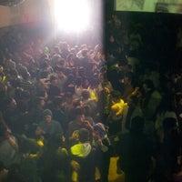 Foto tirada no(a) Fiestas Eyeliner por Hernan O. em 7/9/2012