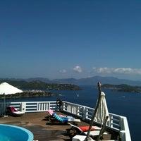 Foto tirada no(a) Kivo Art Hotel & Suites Skiathos por Dimitris M. em 9/5/2012