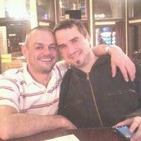 Foto tomada en Yellow Brick Pizza por Christopher B. el 12/4/2011
