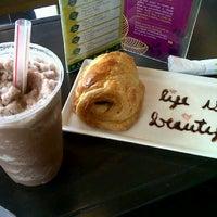 Foto scattata a T|Bar da Marian A. il 7/20/2012