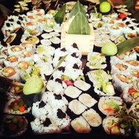 Photo prise au Blue Ribbon Sushi Izakaya par Gary R. le8/30/2012