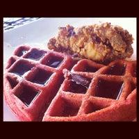 รูปภาพถ่ายที่ The Tasting Room โดย Roxanne W. เมื่อ 4/8/2012