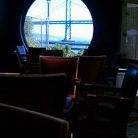10/2/2011にTina R.がCarnelian by the Bayで撮った写真