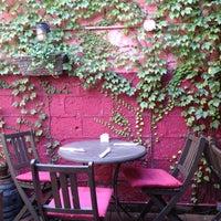 8/12/2012にNick F.がOAK Restaurant & Wine Barで撮った写真