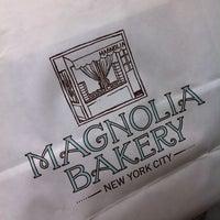 7/26/2011にKirk R.がMagnolia Bakeryで撮った写真
