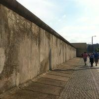 Снимок сделан в Мемориальный комплекс «Берлинская стена» пользователем Anastasi R. 8/5/2012