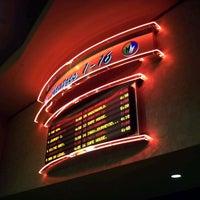 Foto tirada no(a) Regal Cinemas Red Rock 16 & IMAX por @24K em 2/15/2012