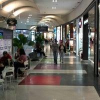 Foto scattata a Shopping Metrópole da Douglas (. il 7/7/2012
