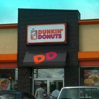 8/1/2012 tarihinde Jesse L.ziyaretçi tarafından Dunkin Donuts'de çekilen fotoğraf