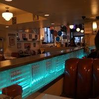 Foto diambil di Lori's Diner oleh locktown pada 3/4/2012