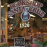 Снимок сделан в Bookshop Santa Cruz пользователем Olivia W. 9/1/2012