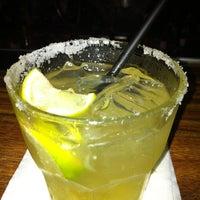 8/22/2012에 Estelle M.님이 Melody Bar and Grill에서 찍은 사진