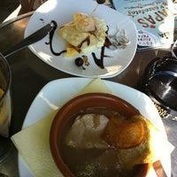 Foto tomada en Cafetería Equiza por Betto C. el 10/22/2011
