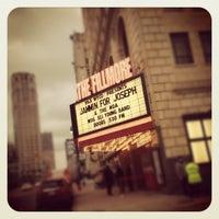 Foto tomada en The Fillmore Detroit por Joshua C. el 3/1/2012
