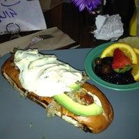 Das Foto wurde bei Happy Fatz von Tammy V. am 5/27/2012 aufgenommen