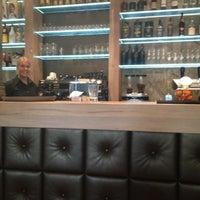 Foto diambil di Stroming Eten & Drinken oleh Christel d. pada 2/26/2012