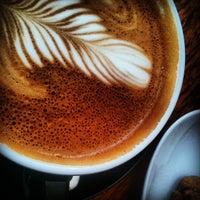 Foto scattata a Good Life Coffee da Satu K. il 5/26/2012