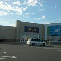 Снимок сделан в Party City пользователем Brando 8/20/2012