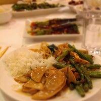 6/27/2012 tarihinde Meghan L.ziyaretçi tarafından Szechuan Gourmet'de çekilen fotoğraf