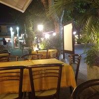 Foto scattata a Pizzeria Texas da Ilaria B. il 6/30/2012