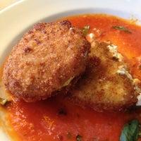Foto tirada no(a) South City Kitchen por Ashley em 8/12/2012